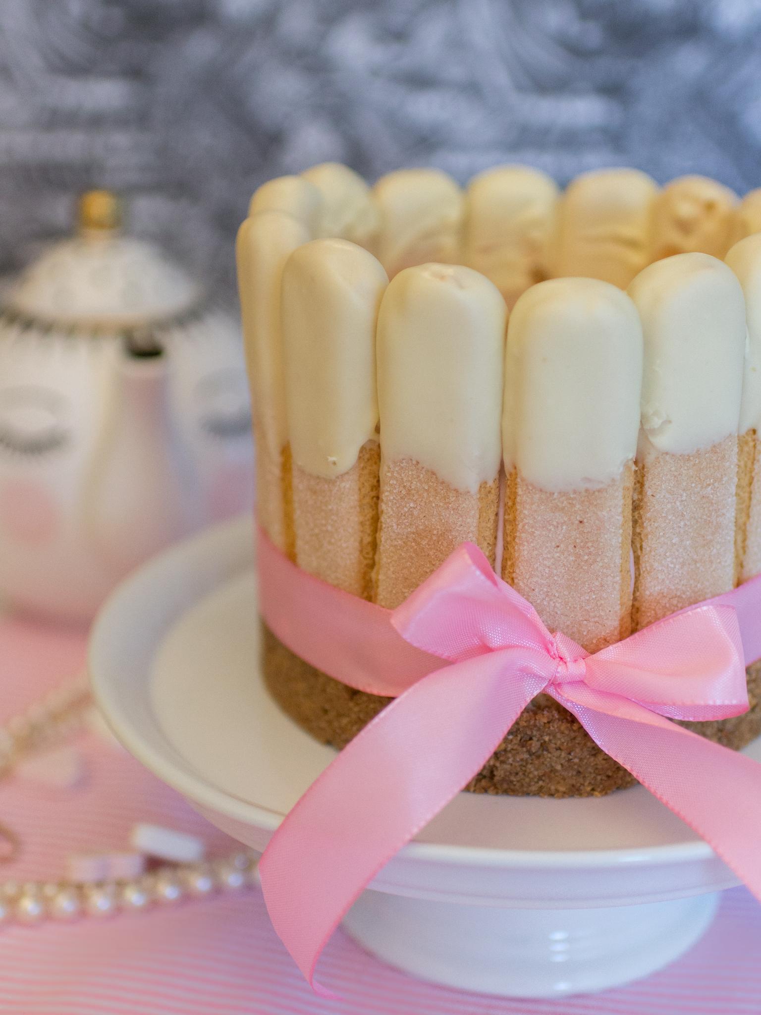 Einfache Himbeer Torte Mit Loffelbiskuit Schnelle Nobake Torte