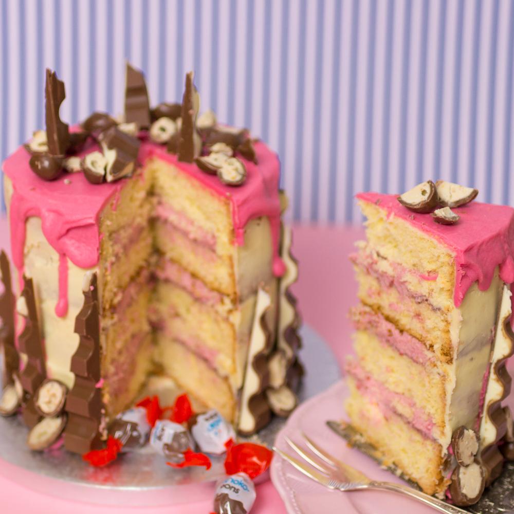 kinder schokoladentorte mit himbeerf llung anleitung f r einen kuchen mit kinder schokolade. Black Bedroom Furniture Sets. Home Design Ideas